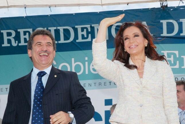 Elecciones 2011: CFK y Urribarri sacan mayor margen