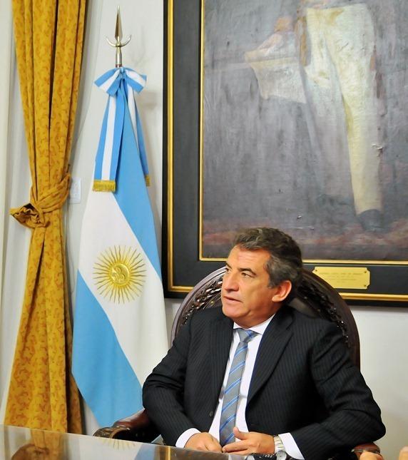 Urribarri anunció el pago de salarios públicos de julio
