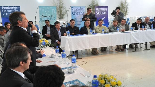 Urribarri anunció beneficios para municipios