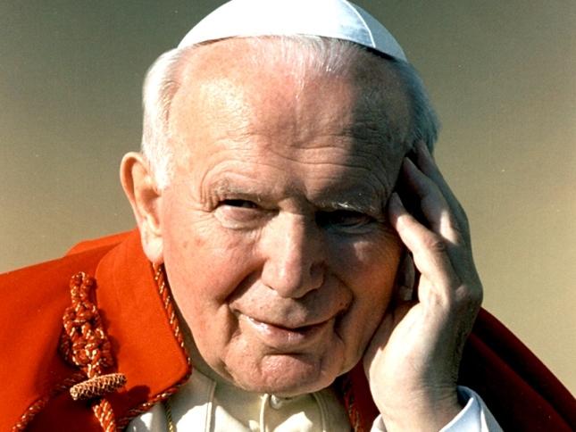 Juan Pablo II y Juan XXIII serán canonizados en abril del 2014