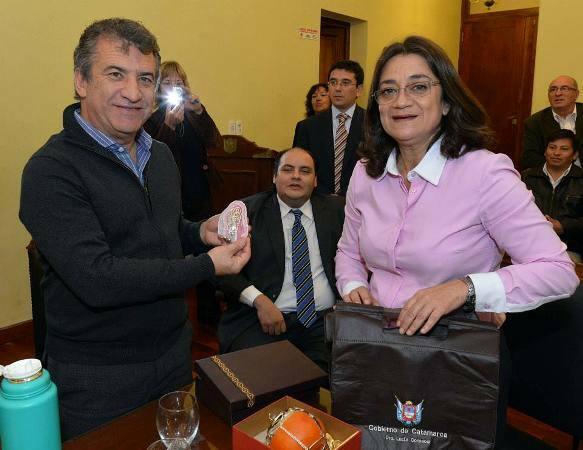 """Lucía Corpacci: """"es muy importante que un gobernador como Sergio Urribarri camine el país"""""""
