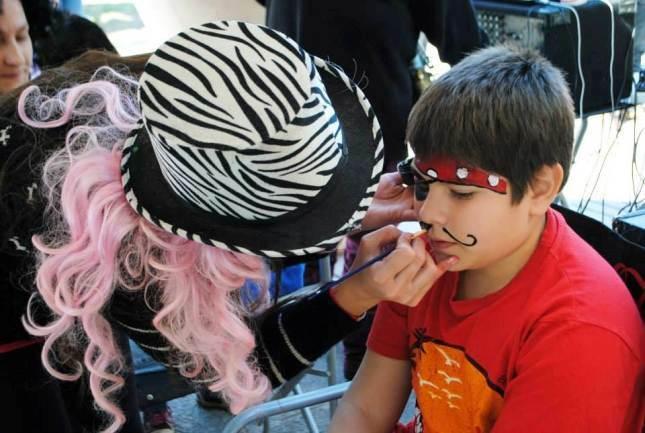 Fiesta de Disfraces: Paraná se disfrazó… de manteros
