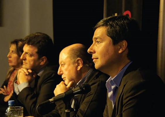 Zavallo inauguró un nuevo local del Frente Renovador en Paraná
