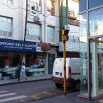 Pare, mire… semáforo peligroso en Bavio y San Martín