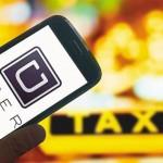 """Un juez rechazó una denuncia contra conductores de Uber: """"Es una actividad lícita"""""""