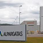 Gremios advierten por cierre de dos plantas de Alpargatas