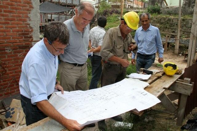 Evalúan avances y prevén obras complementarias para el Hospital San Martín