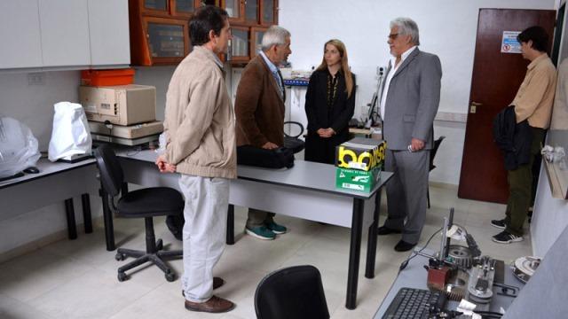 El Gobierno acompañó en la creación de un laboratorio de control de calidad de prótesis