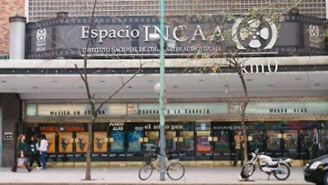 Renunció el rector de la escuela de cine del INCAA