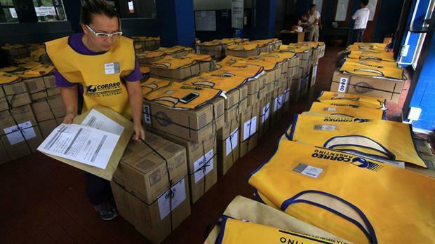 El Gobierno no cerró aún el contrato con el correo para las elecciones legislativas