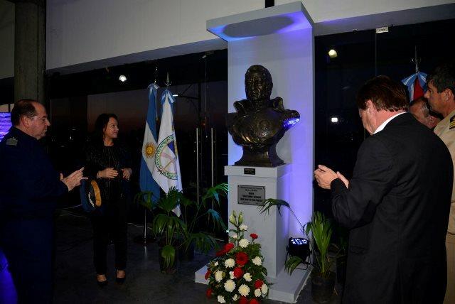 Varisco inauguró en la Sala Mayo el Salón Libertador General José de San Martín
