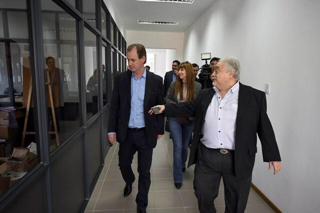 Bordet visitó el laboratorio Lafedar y ratificó su decisión generar condiciones de competitividad