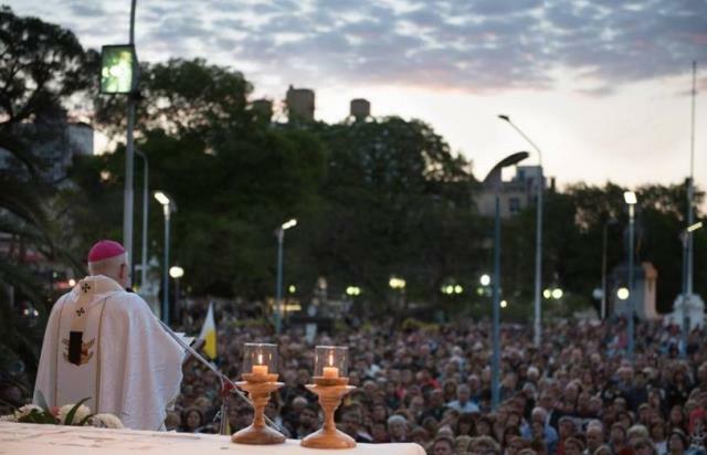 Paraná honró a la Virgen del Rosario