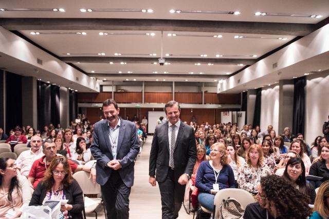 Bahl acompañó a los docentes que participan del Primer Congreso Regional de Educación