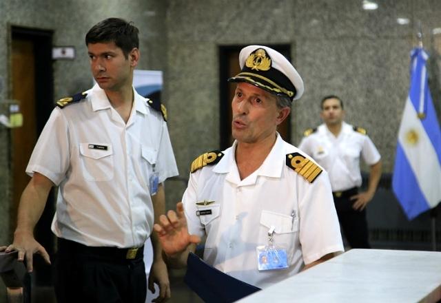 """Para la Armada, las llamadas del submarino """"no eran de emergencia"""""""