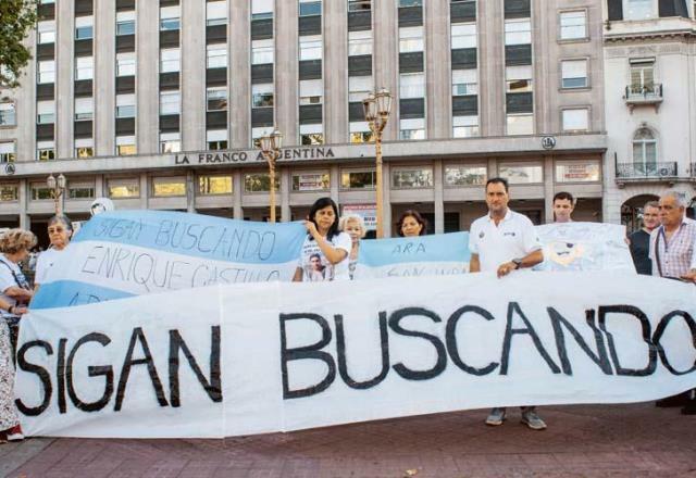 """Submarino ARA San Juan: Familiares piden que """"no los dejen solos"""""""