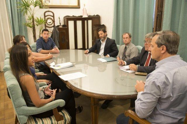 Acuerdo con el IOSPER: Bahl abrió una mesa de diálogo para dar respuesta a los reclamos de los padres de niños con discapacidad
