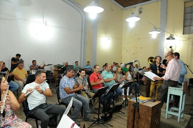 BANDA-MUSICA-POLICIA-COSQUIN-3