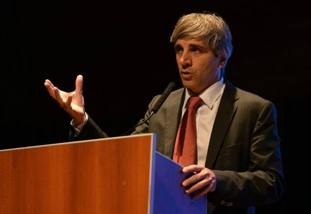 ANSES pagó comisiones por $540.000 al exfondo del ministro Luis Caputo