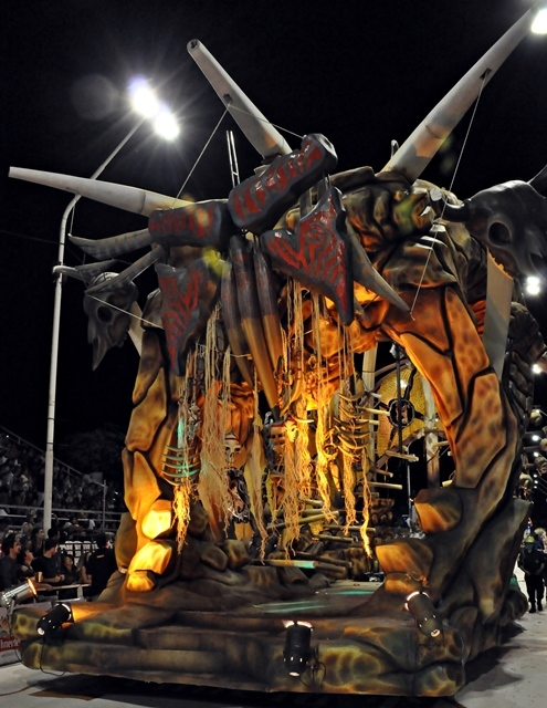 Carnaval del País: Ay Caramba… Una 2ª noche en riesgo por el clima
