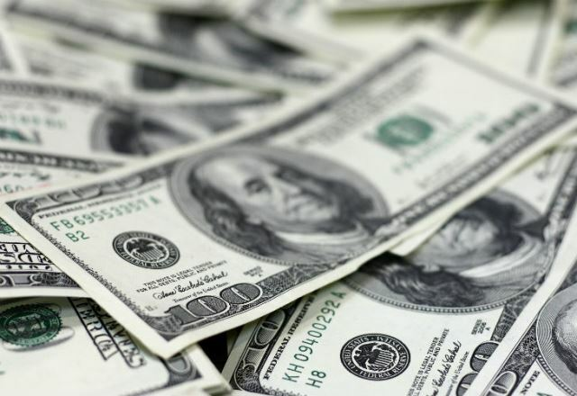 El dólar subió a $19,41 a la espera del anuncio por las tasas de interés