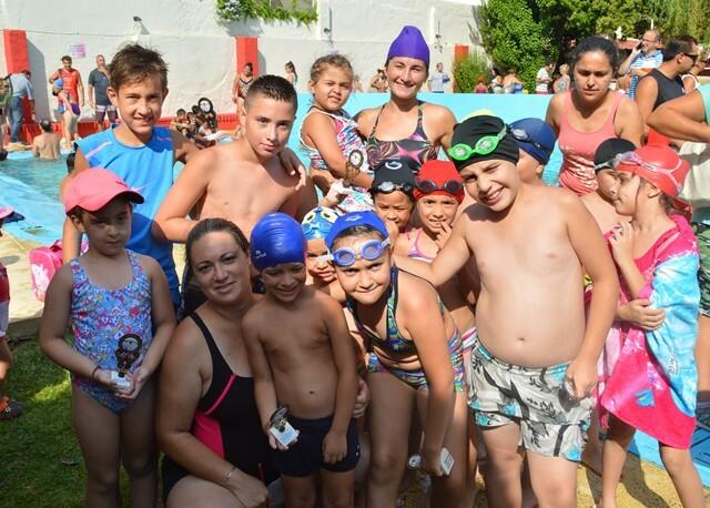 Natación en Talleres: más que competir, confraternizar…