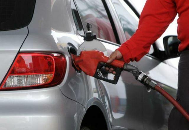 Los combustibles aumentarán un 6% desde este sábado