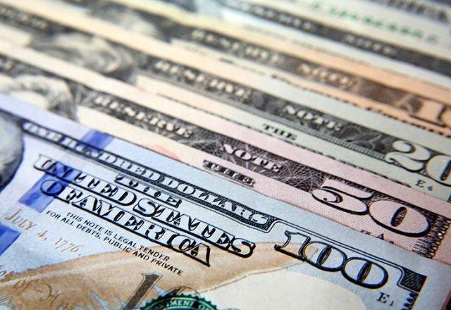 El dólar sigue el alza y cerró en $19