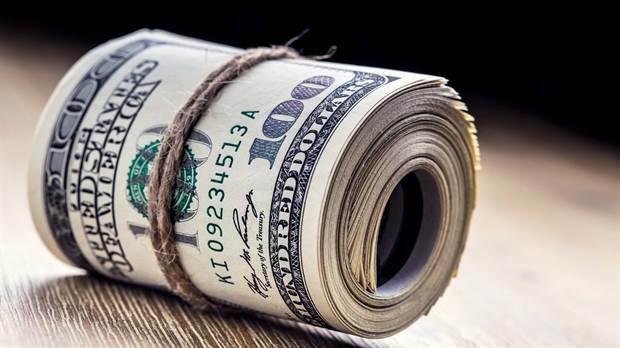 El dólar volvió a aumentar y se acercó a su máximo histórico