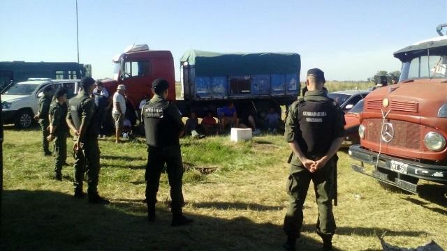 Levantaron el paro los transportistas de granos