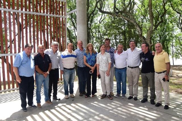 El Gobierno impulsa el fortalecimiento de la microrregión de la costa del Paraná