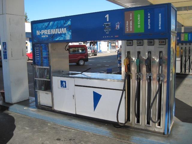 Crece la tensión entre YPF y la Rosada: ¿se viene otro aumento de las naftas?