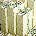 El Banco Central vendió casi u$s1.000 M para bajar la cotización apenas 1 centavo