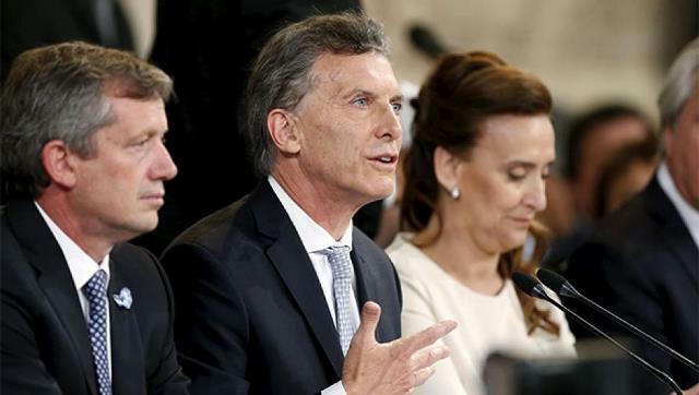 Macri molesto con el canje de pasajes, pero… en esto no hay decreto