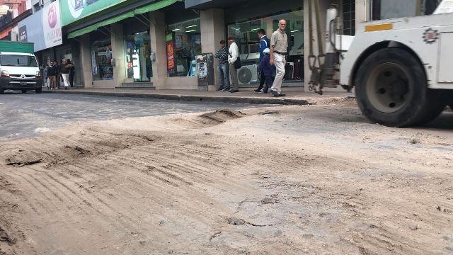 Notable déficit en calidad: patéticos trabajos de mantenimiento de calles