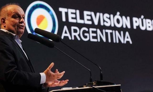 Lombardi hace pública propuesta de retiros voluntarios para Canal 7 y Radio Nacional