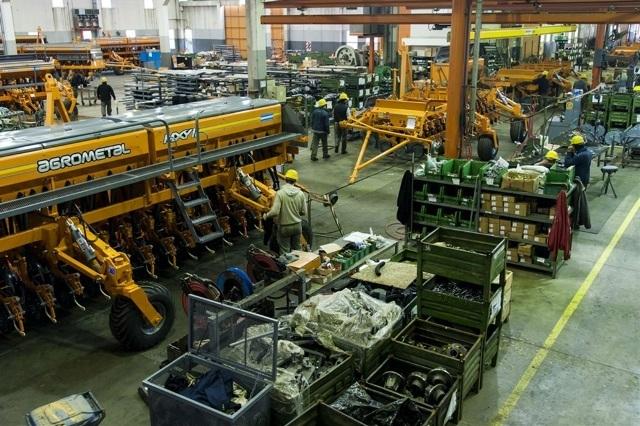 """Fabricantes de maquinaria agrícola alertaron sobre una """"asfixia financiera"""""""