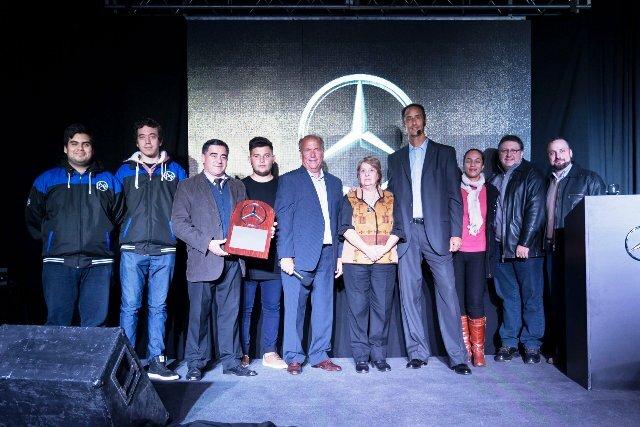 Mercedes Benz lanzó oficialmente beneficio para alumnos de la Escuela Técnica N° 1 de Paraná