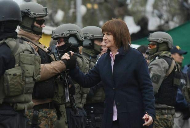 """Contradicciones de Cambiemos… Cuando la ministra Bullrich convocaba a """"la lucha callejera"""""""
