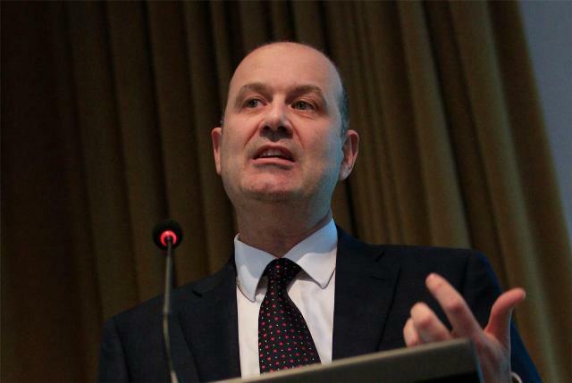 Renunció Sturzenegger y Caputo será el presidente del BCRA