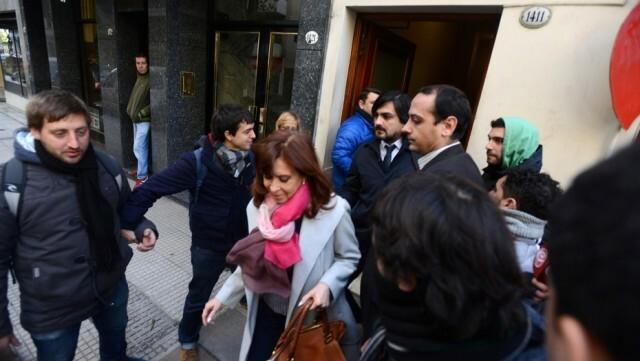 El Senado postergó para el miércoles el debate por los allanamientos a Cristina Kirchner